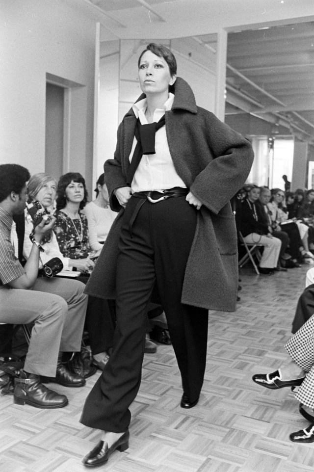 Elsa Peretti in Halston fall 1972 RTW show wearing equestrian belt.