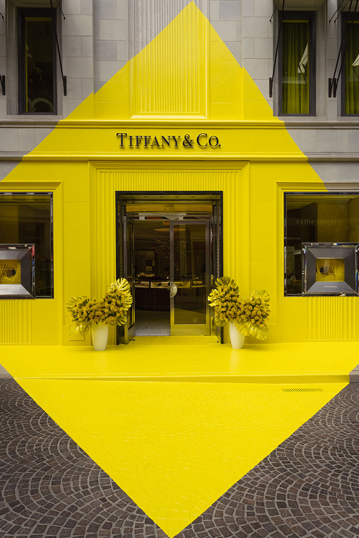 Tiffany & Co.'s April Fool's theme yellow diamond pop-up.