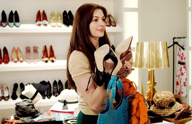 THE DEVIL WEARS PRADA, Anne Hathaway, 2006, TM and Copyright © 20th Century Fox Film Corp. All rights reserved, Courtesy: Everett Collection