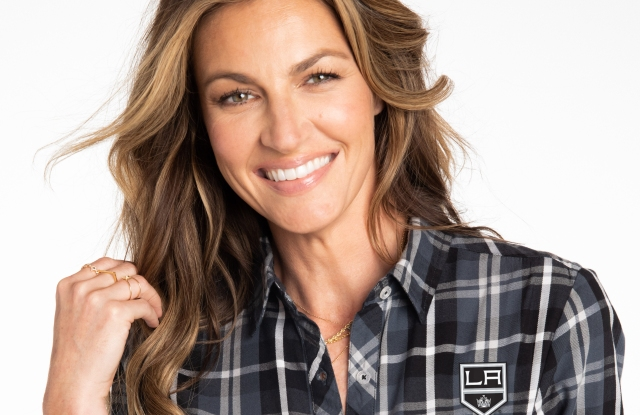 Erin Andrews to Bring Women's Fashion Collection to NHL.jpg