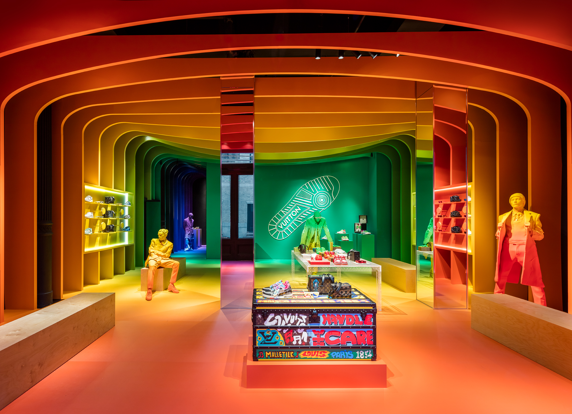 Louis Vuitton Walk in the Park temporary residence interior