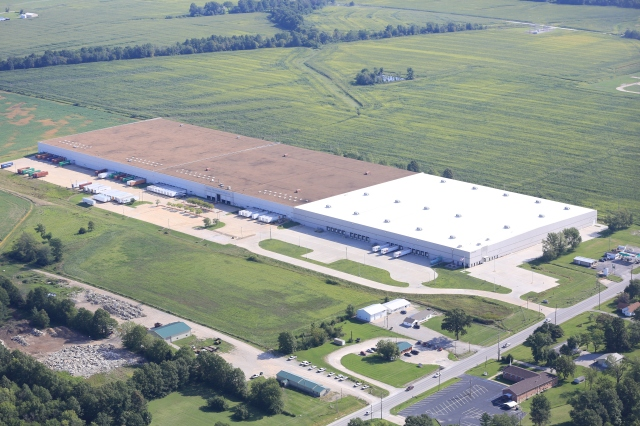 Box Equities recently purchased this distribution center in Mexico, Mo., which is anchored by Home Depot.