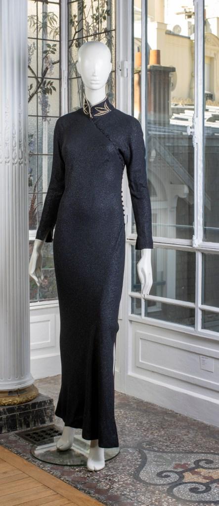 Christian Dior evening dress, fall 1997.