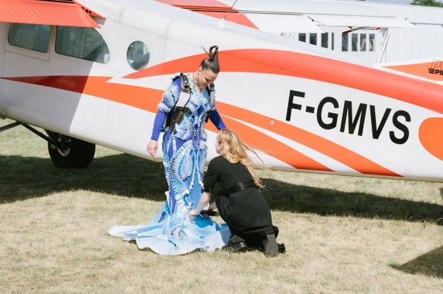 Iris Van Herpen, skydiver