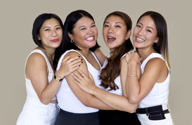 بنیانگذاران Oh Collective از چپ به راست: Winxi Kan ، Diana Lin ، Simona Xu و Eden Chiang.