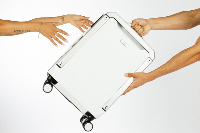 Phoenx sustainable carry-on
