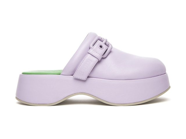 A clog from the 3Juin spring 2022 collection.
