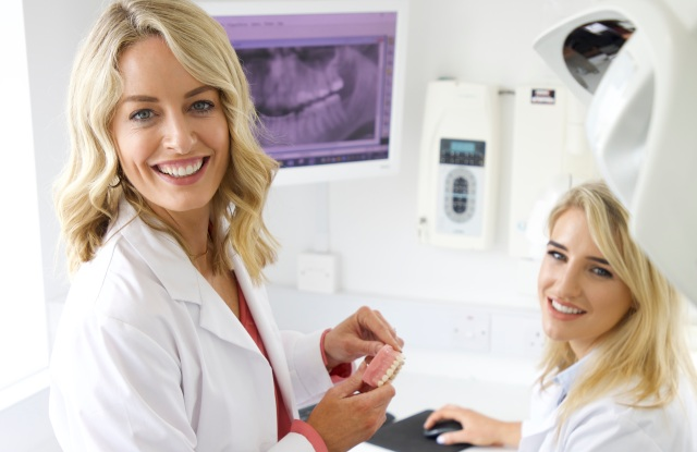 Spotlight Oral Care Lisa and Vanessa Creaven