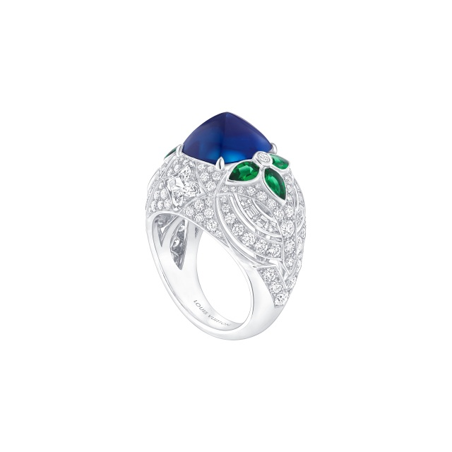 A Louis Vuitton ring from the Bravery collection.