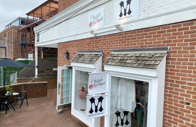 Jenni Kayne and Malia Mills Are Courting Shoppers in the Hamptons.jpg