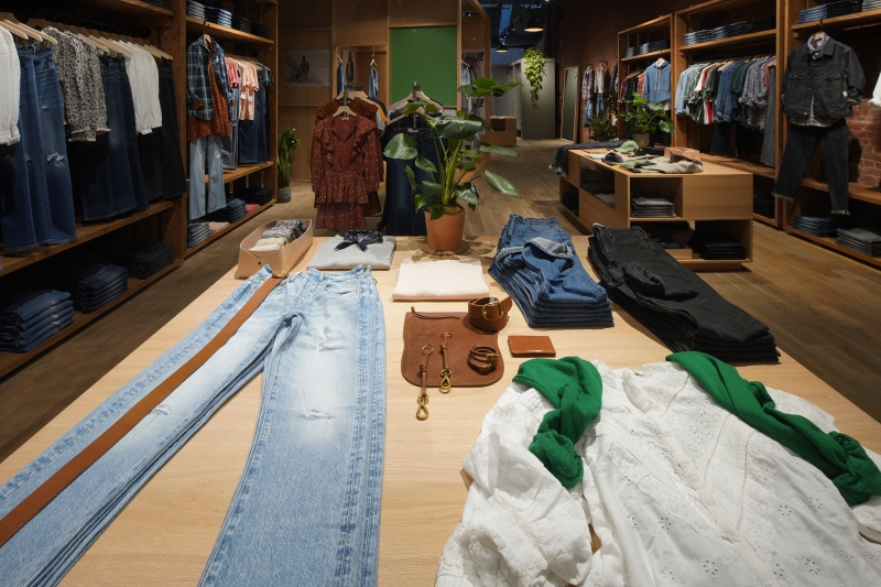 American Eagle opens new concept shop AE77 for premium jeans.