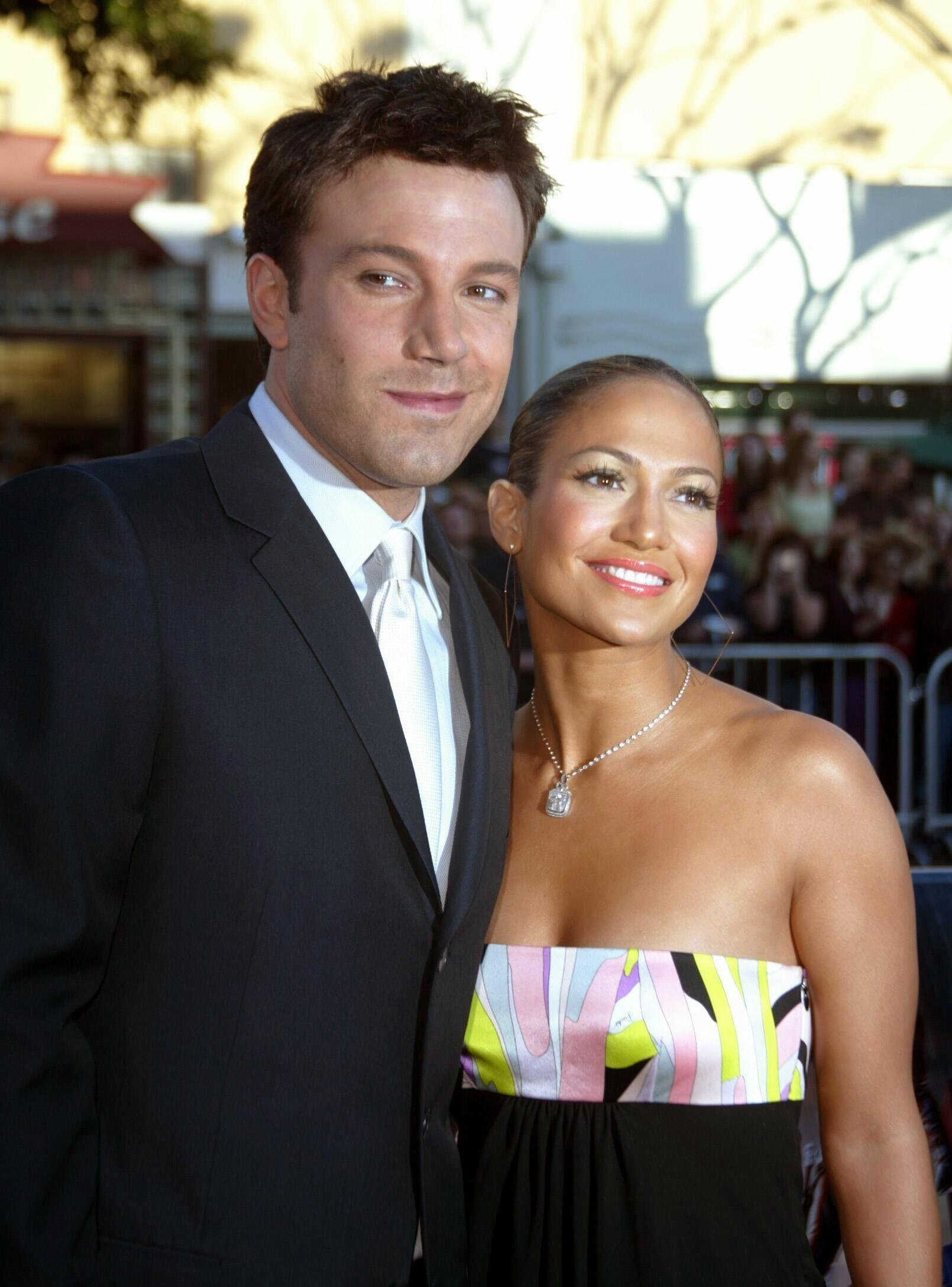 """The musician and actress Jennifer Lopez and her fianc', the actor Ben Affleck, arrive on February 9, 2003 for the premiere of the film """"Daredevil"""" at the Mann Village Theater in Los Angeles. 